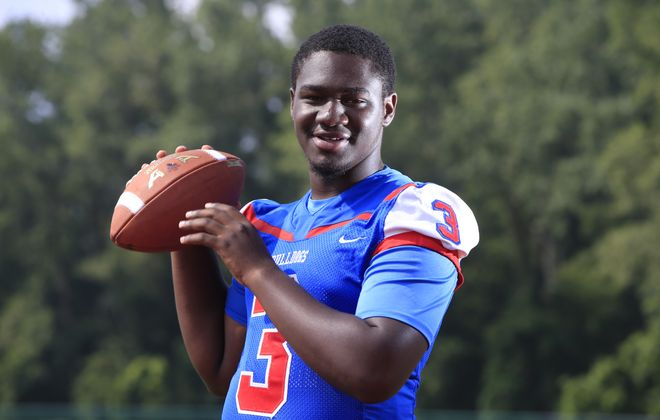 Dexter Lee gets the call at quarterback for Burgard (Harry Scull Jr./ Buffalo News)