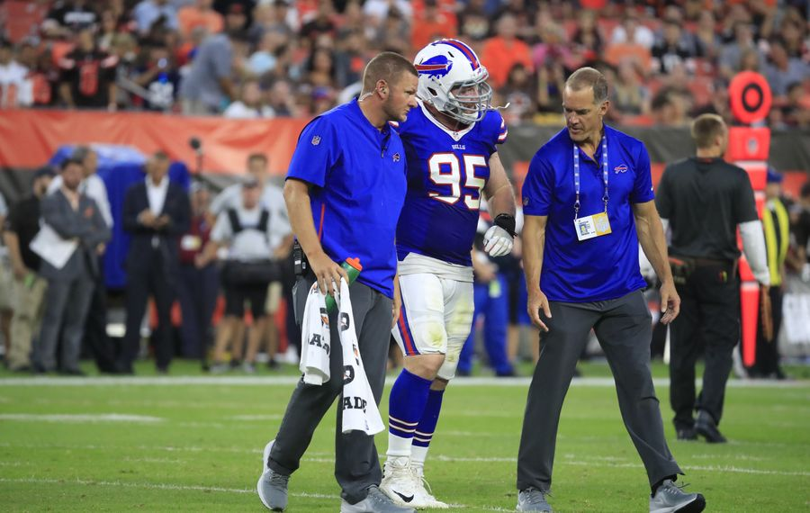 Buffalo Bills Kyle Williams walks off the field with an injury during the second quarter of Friday's preseason matchup against the Cleveland Browns. (Harry Scull Jr./ Buffalo News)