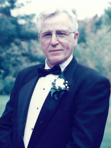 William T. Pearl, 85, contractor with passion for airplanes