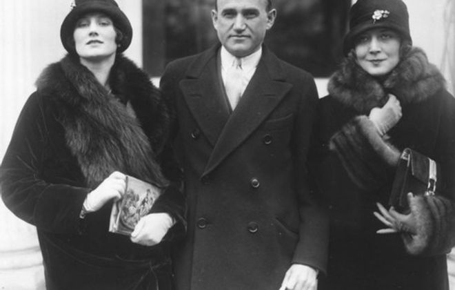 Samuel Goldwyn in 1925 with Frances Howard, left, his future bride, and Vilma Banky, one of his up and coming stars. (Herald-Examiner collection/Los Angeles Public Library)