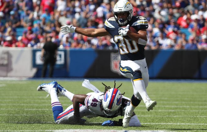 Bills linebacker Tremaine Edmunds gets beat by Chargers running back Austin Ekeler. (James P. McCoy/Buffalo News)
