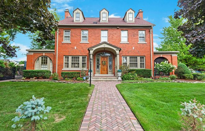 Realtor Susie Lenahan listed this classic five bedroom, three bath home at 435 Woodbridge Ave. in North Buffalo earlier this month at a price of $669,000.