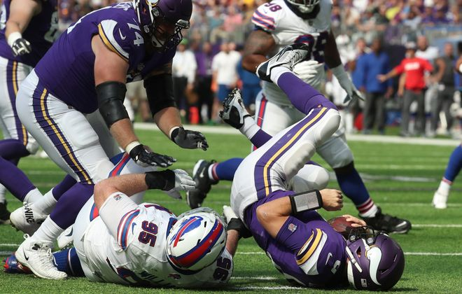 Bills defensive tackle Kyle Williams registered one of three first-half sacks against the Vikings. (James P. McCoy/Buffalo News)