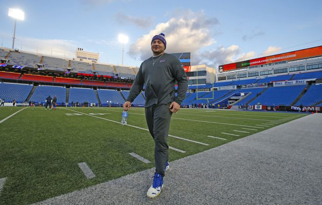 Harrison Phillips has a chance to step into Kyle Williams' role as a starter on the Bills' defense next season. (Harry Scull Jr./Buffalo News)
