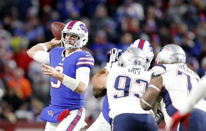 Bills quarterback Derek Anderson makes a throw against the New England Patriots on Oct. 29. (Mark Mulville/Buffalo News)