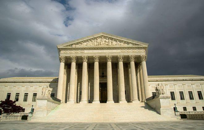 The US Supreme Court Building in Washington, D.C. (Photo by KAREN BLEIER /AFP/Getty Images)