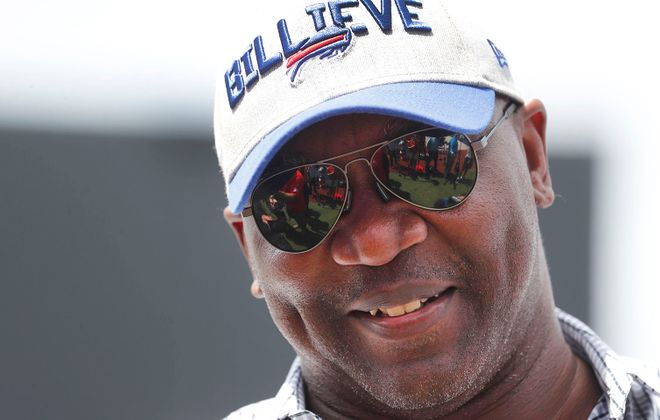 Thurman Thomas is helping the Western New York community contend with the coronavirus panedmic. (Mark Mulville/News file photo)