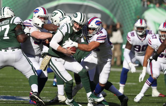 Bills outside linebacker Matt Milano pressures Jets quarterback Josh McCown. (James P. McCoy/Buffalo News