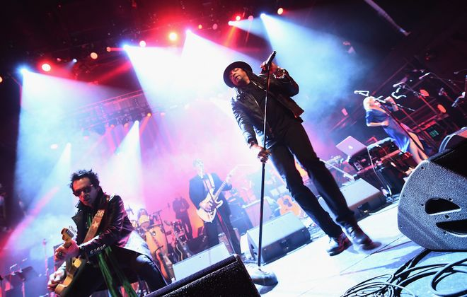 Rolling Stones vocalist Bernard Fowler (center) and friends Stevie Salas, Doug Wimbish and Brian Tichy play the Bear's den on Nov. 9. (Getty Images)