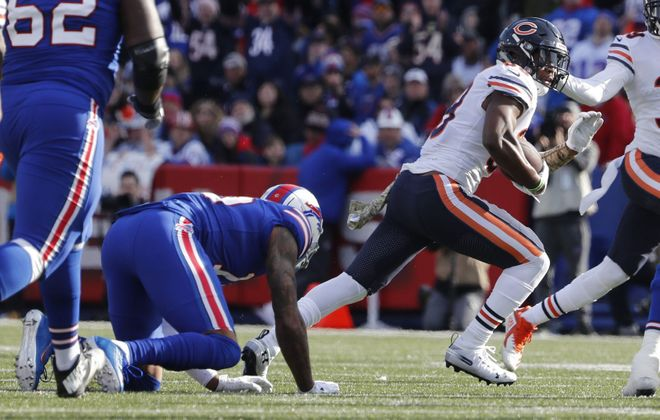 Chicago's Adrian Amos Jr. intercepts a pass in the second quarter at New Era Field. (Mark Mulville/Buffalo News)