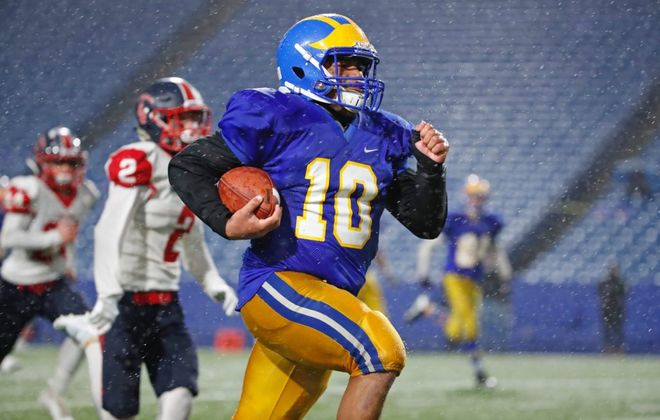 Aaron Wahler, Zach Ransbury power Cleveland Hill football ...