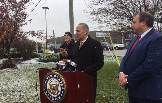 Sen. Chuck Schumer announces his effort to have the United States Postal Service improve conditions at its location at 5325 Sheridan Drive. (Keith McShea/Buffalo News)