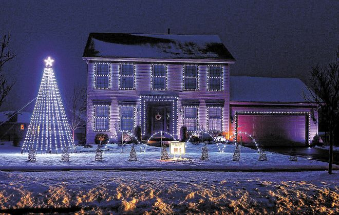 Always protect the eyes while decorating for the holidays. (Robert Kirkham/News file photo)