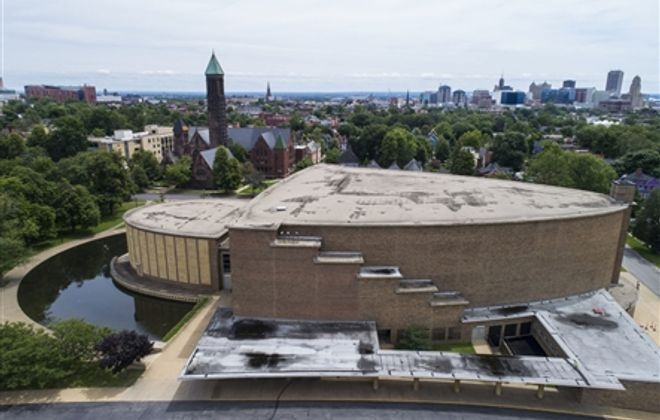A Closer Look: In Kleinhans Music Hall, architecture that suggests music