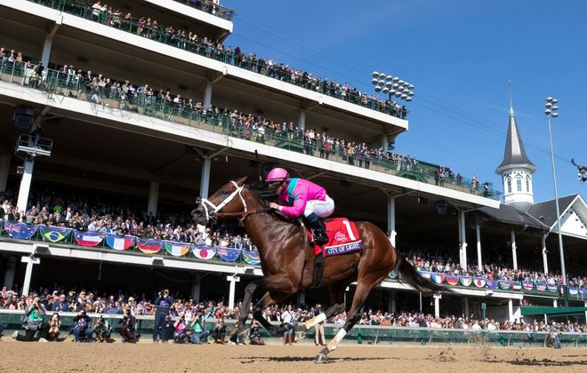 City of Light captured the Breeders' Cup Dirt Mile at Churchill Downs. (Photo Credit: Alex Evers/Eclipse Sportswire/Breeders' Cup)