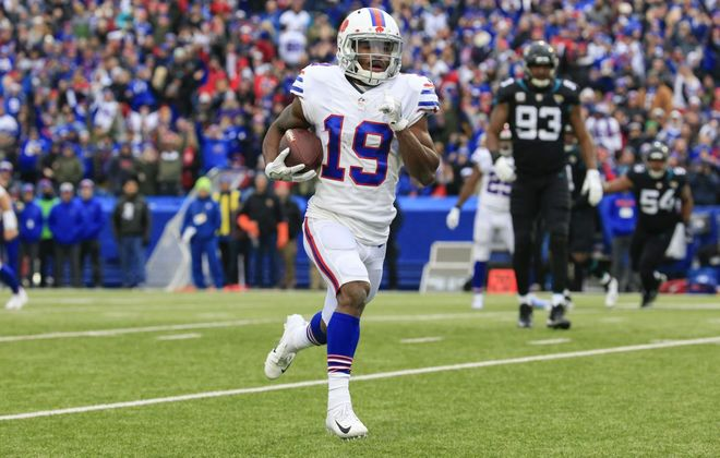 Bills wide receiver Isaiah McKenzie re-signed with the team Tuesday, according to his agency. (Harry Scull Jr./Buffalo News)