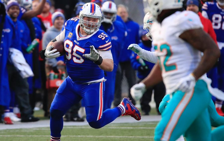 Bills' Kyle Williams made the first reception of his career against the Dolphins. (Harry Scull Jr./Buffalo News)