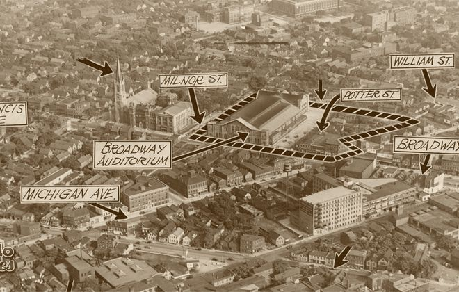 Torn-Down Tuesday: Michigan at Broadway, 1930s