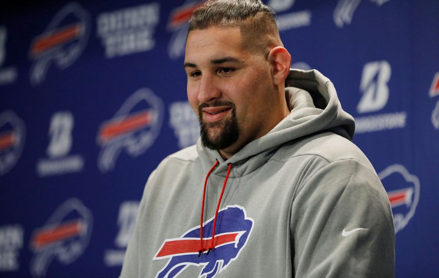 Bills' Jon Feliciano says competitive nature of esports 'the same' as in NFL