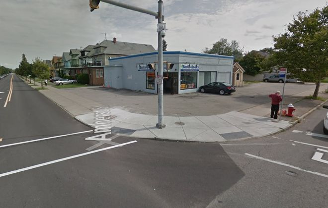 A new WellNow Urgent Care clinic is planned for this intersection. (Google)