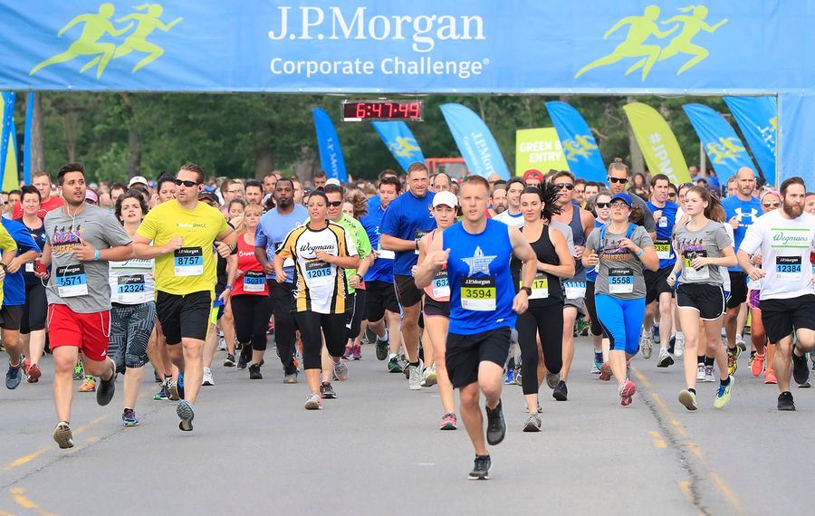 Runners from a previous  J.P. Morgan Corporate Challenge. (Harry Scull Jr./News file photo)