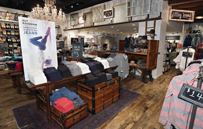 Aéropostale will return to Walden Galleria this spring. (Cindy Ord/Getty Images for Aeropostale)
