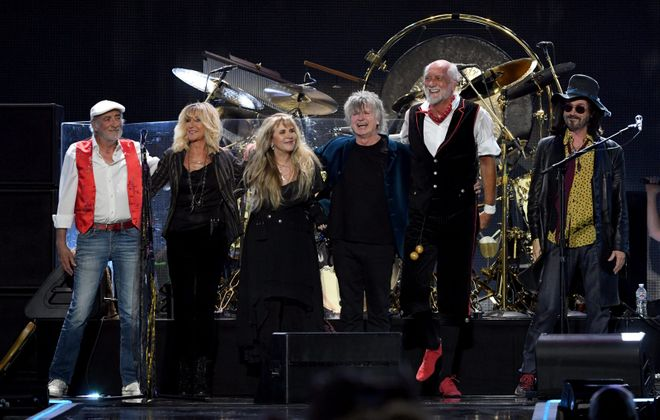 The current lineup of Fleetwood Mac features, from left,  John McVie, Christine McVie, Stevie Nicks, Neil Finn, Mick Fleetwood, and Mike Campbell.  (Getty Images)