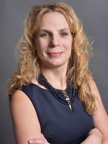 Stacy Dean joins Neighborhood Health Center