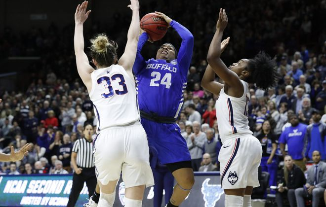 UConn Huskies guard Katie Lou Samuelson defends against Buffalo Bulls guard Cierra Dillard during the second half in the second round of the 2019 NCAA Tournament at Gampel Pavilion. UConn defeated Buffalo 84-72. (David Butler II-USA TODAY Sports)