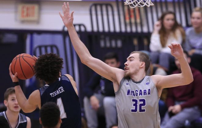 Niagara University's Dominic Robb is closing in on the school blocked shots record (Harry Scull Jr./ Buffalo News)