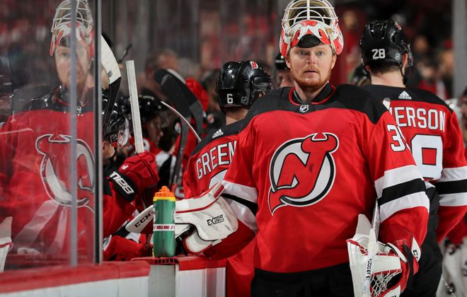 Devils goalie Cory Schneider snapped his 21-game winless streak Friday in Minnesota and is expected to start against the Sabres tonight (Getty Images).