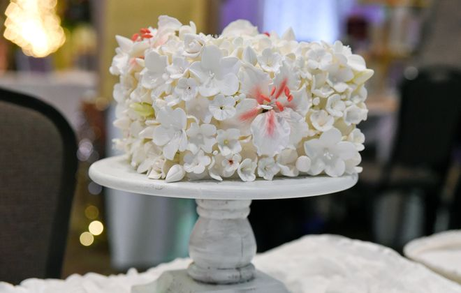 Stop by Antonio's in Niagara Falls this Sunday from noon to 3 p.m. for wedding inspiration from local vendors at their annual Bridal Open House. (Chelsea Modern Images)