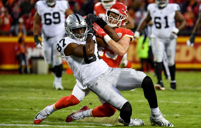 Oakland tight end Jared Cook is scheduled to be a free agent. (Peter Aiken/Getty Images)