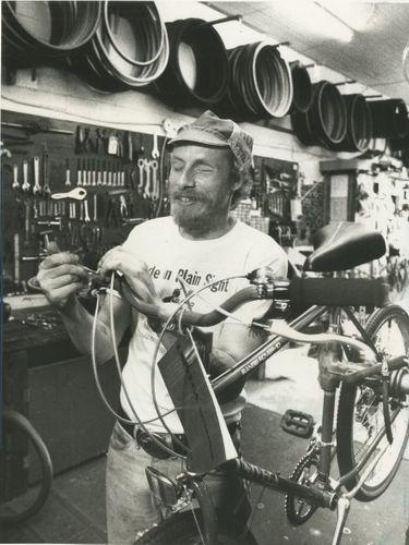 (1987 Buffalo News file photo)