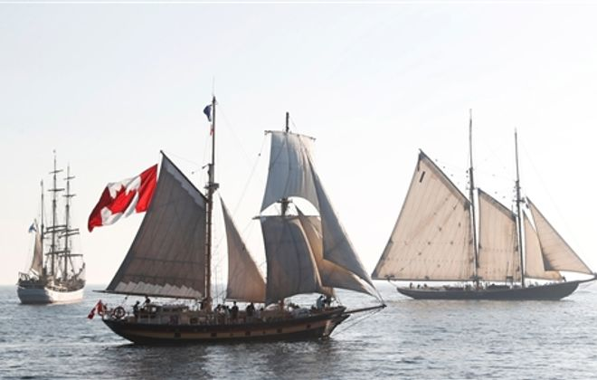 Tall ships arrive on Lake Erie