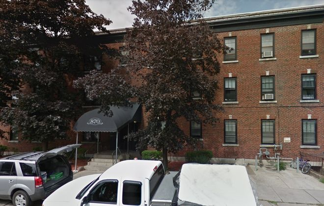 Gold Wynn Residential bought this apartment building at 870 Lafayette Ave. (Google)
