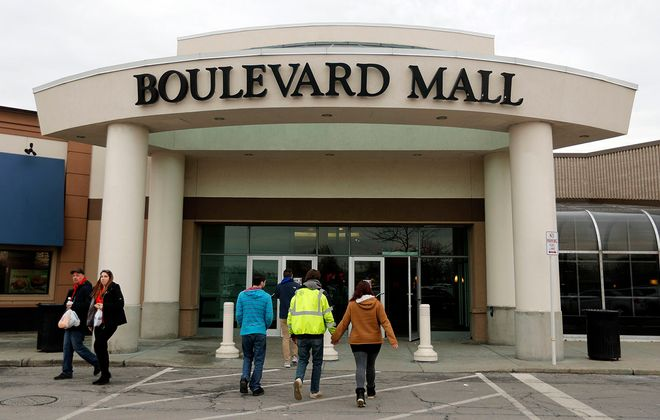 Shoppers enter and exit the Boulevard Mall in 2018. (Mark Mulville/News file photo)