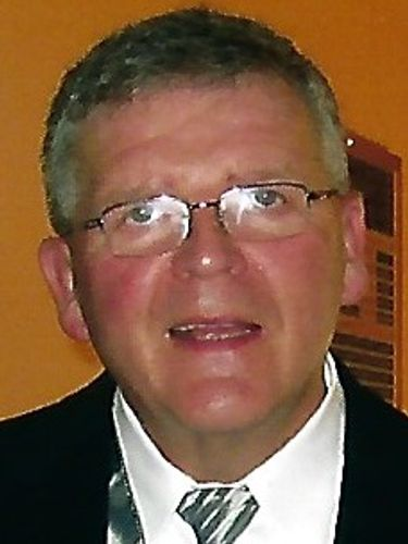 Eugene E. Torpey, 74, was coach, math teacher in Buffalo public schools, Canisius College