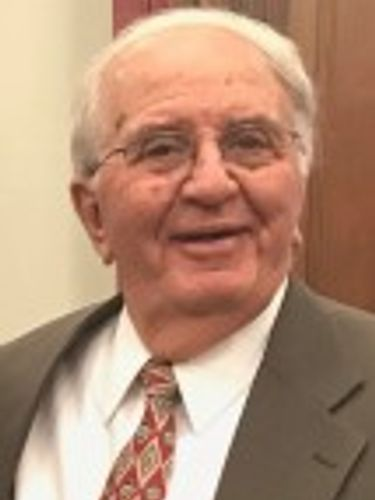 Ronald W. Wessel, 77, executive at Hart Hotels who became charter boat captain