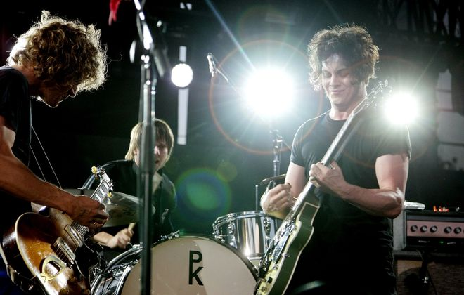 Brendan Benson, left, and Jack White of the Raconteurs. (Getty Images)