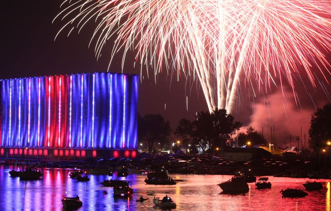 Fourth of July fireworks during Canalside's celebration. (Derek Gee/Buffalo News)