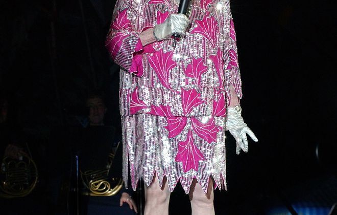 Phyllis Diller performing  in a ceremony honoring Bob Hope in 2002.