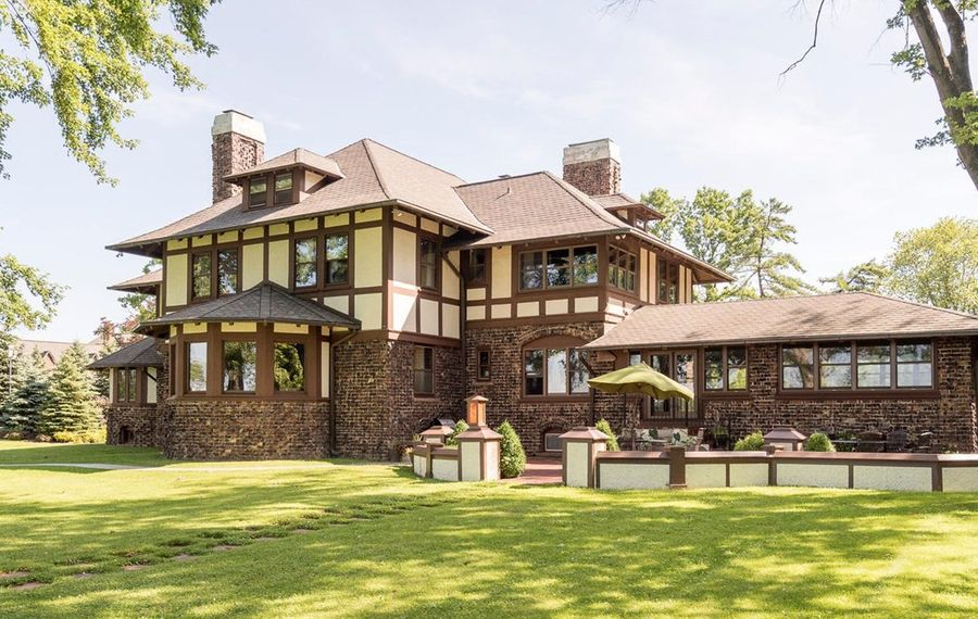 The Grand Island home purchased by attorney Paul Cambria Jr. (Photo courtesy of Drew Zinck)