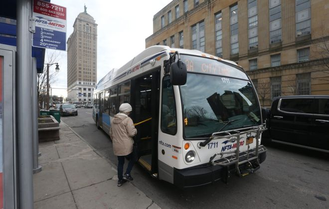 The latest statistics indicate that 98.5% of Metro buses carry 15 or fewer passengers, with an average of four. (John Hickey/Buffalo News)