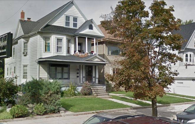 Whitesand Family LP received Planning Board approval to erect a four-story retail and residential building, with three storefronts, covered parking and 26 apartments, on the site of these houses on Elmwood Avenue. Now it wants Preservation Board approval to tear down the houses. (Google)