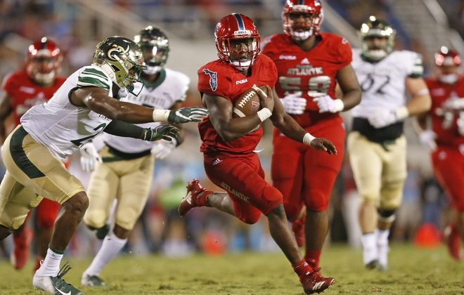 Florida Atlantic running back Devin Singletary scored 66 touchdowns in 38 college games. (Getty Images)