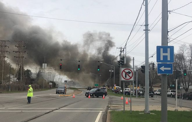 The Twin Cities Highway (Route 425) was closed in North Tonawanda at Tremont Street due to a structure fire. (John Hickey/Buffalo News)