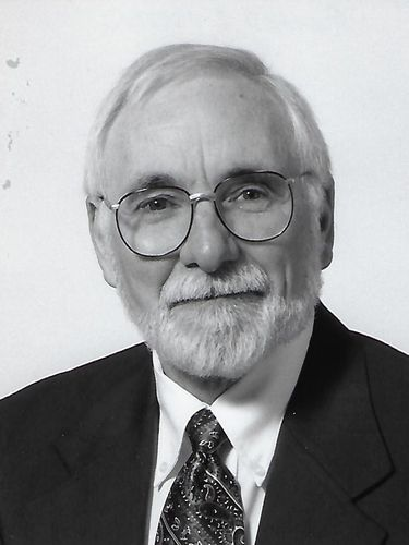 Richard J. Foster, 87, geology professor at SUNY Buffalo State