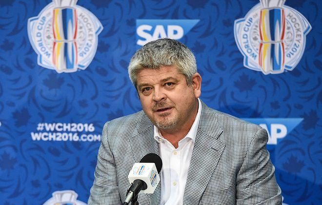 Todd McLellan never really got to the point of choosing between Buffalo and Los Angeles (Getty Images).