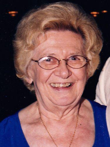 Irene P. Gadawski, 92, operated landmark Niagara Falls restaurant with her husband